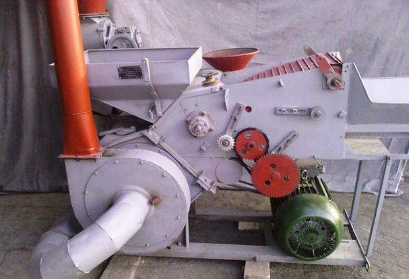 снимке зернодробилка промышленная ссср фото все таки больше